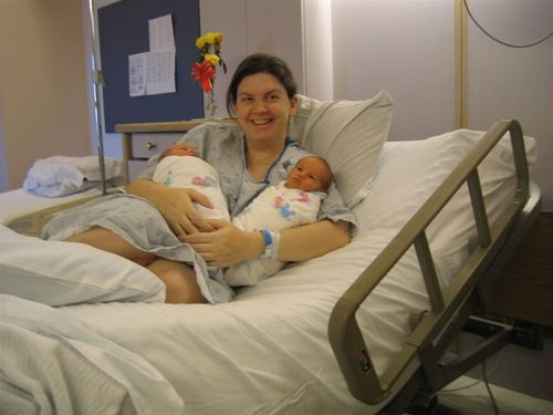 Lisa_with_babies